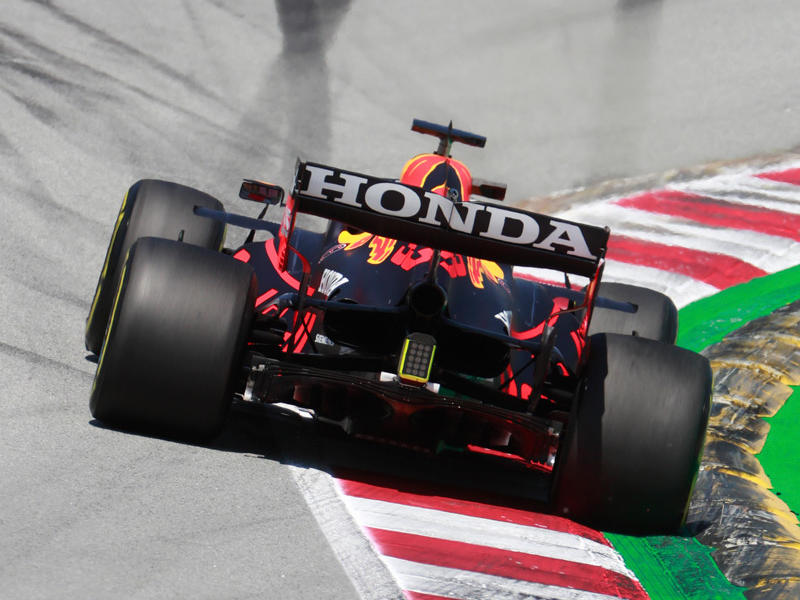 wolff-warns-delay-means-red-bull-flexi-wing-open-to-protests