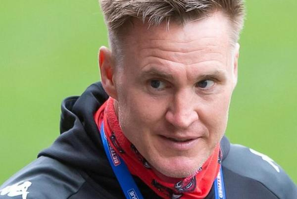 Picture for Richard Marshall: Salford Red Devils coach leaves after one season