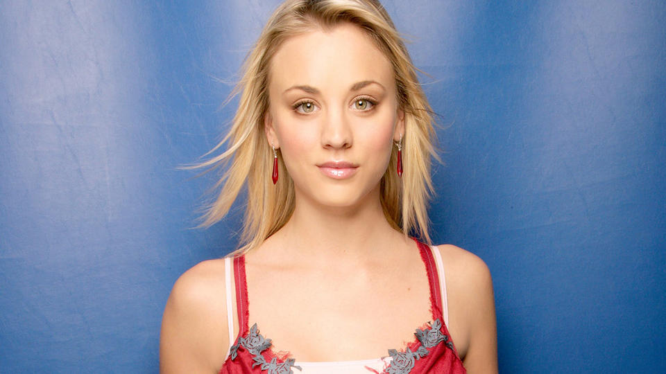 Picture for Kaley Cuoco Stuns Rope-Training In Kitchen Shorts