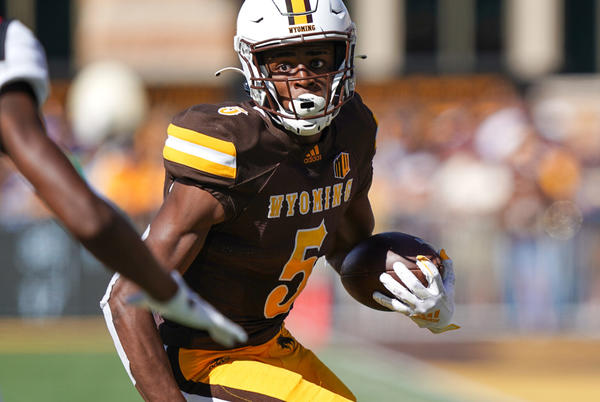 Picture for Wyoming Cowboys to face-off Saturday against UConn Huskies in Connecticut