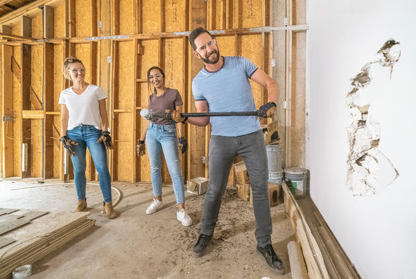 Picture for Tarek El Moussa Reveals Most Exciting Addition to Season 2 of Solo HGTV Show — and it's a Person