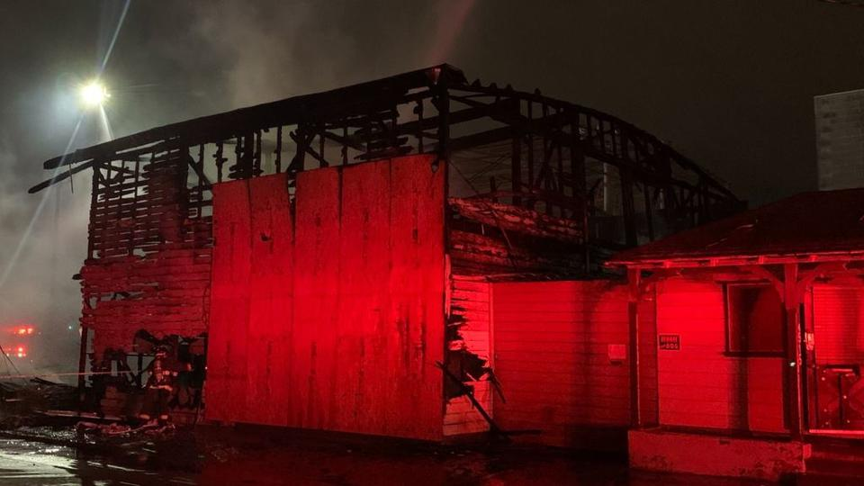 Picture for Massive Early Morning 3-Alarm Fire Destroys Oakland Warehouse