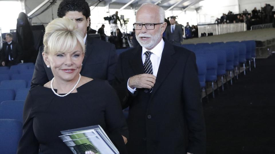 Picture for Jim Bakker, his church settle lawsuit over COVID-19 claims