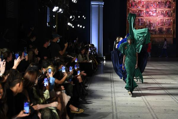 Picture for Highlights from London Fashion Week: Young design talent takes center stage