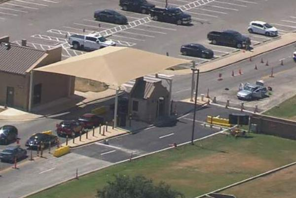 Picture for U.S. 90 and West Military Drive closed near Joint Base San Antonio-Lackland on west side due to bomb threat