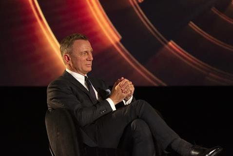 Picture for Daniel Craig talks Bond successor, more 'Knives Out' sequels; gives emotional Roger Michell tribute