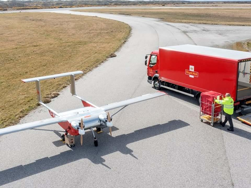 royal-mail-has-delivered-its-first-two-packages-using-an-autonomous-drone