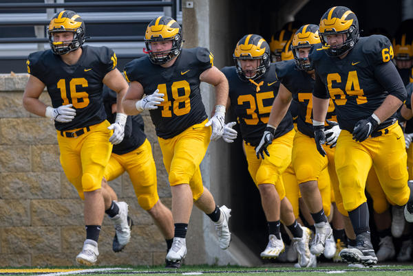 Picture for Football Welcomes Concordia for Homecoming Saturday