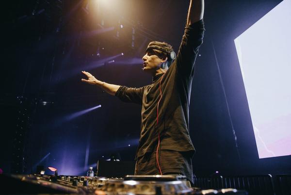 Picture for Destructo hands off Sunrise Sermon appetizer with hypnotic groover, 'Shine On'