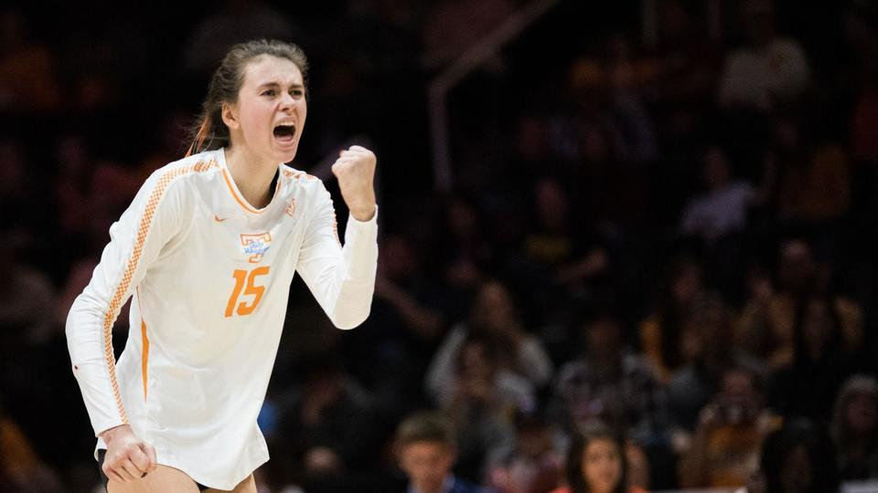 Notebook: Tennessee volleyball wins first game of season ...