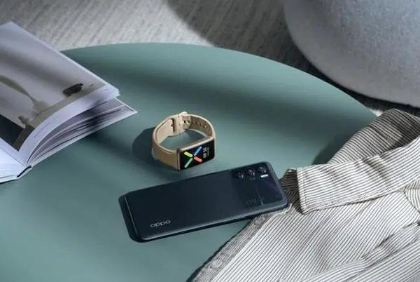 Picture for Oppo Watch Free packs a familiar design