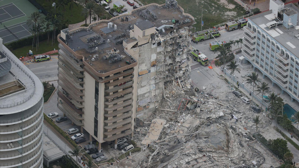 Picture for Surfside condo collapse kills at least one person; rescuers shifting efforts toward recovery with 99 people missing