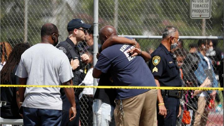 Cover for 15-year-old charged after 2 injured in shooting at Virginia high school