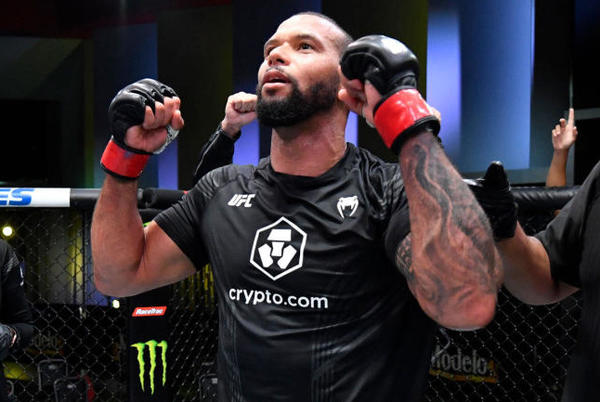 Picture for UFC Fight Night results, highlights: Thiago Santos bounces back with unanimous decision over Johnny Walker