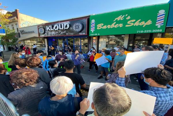 Picture for Neighbors rally against popular hookah lounge and restaurant