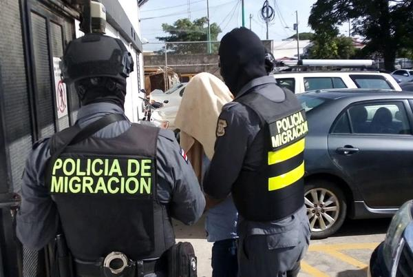 Picture for Panama and Costa Rica arrest dozens over migrant smuggling network