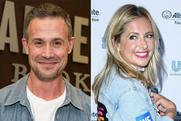 Picture for Sarah Michelle Gellar and Freddie Prinze Jr.'s son isn't a fan of their PDA
