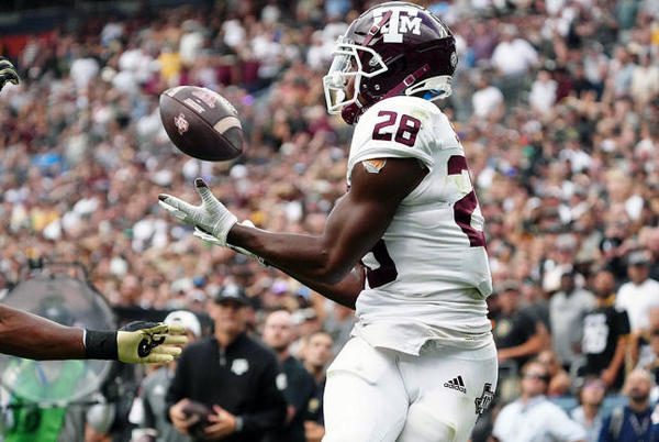 Picture for Texas A&M vs. Arkansas: Prediction, pick, football game spread, odds, live stream, watch online, TV channel